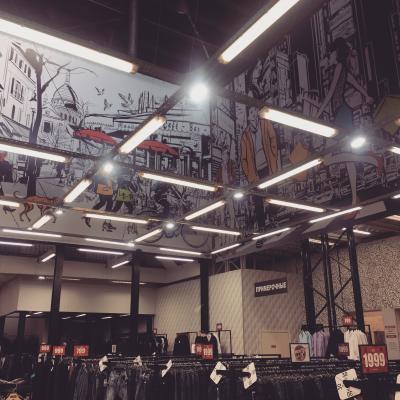 Модный город для модного магазина Fashion Point (баннеры в интерьер)